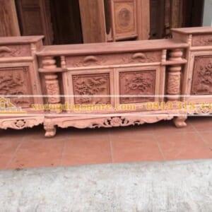 Kệ tivi cột nho gỗ hương