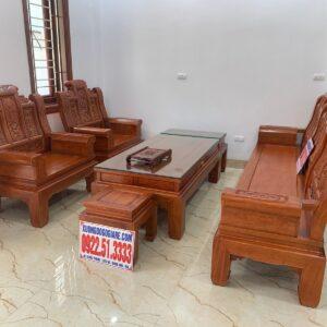 Bàn giao combo bộ sản phẩm, bàn ghế âu á cột 12, chân 12, kệ tivi, bàn ăn cho gia đình anh Hữu